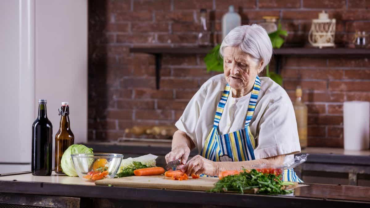 Things Seniors Can Do During the Coronavirus Quarantine